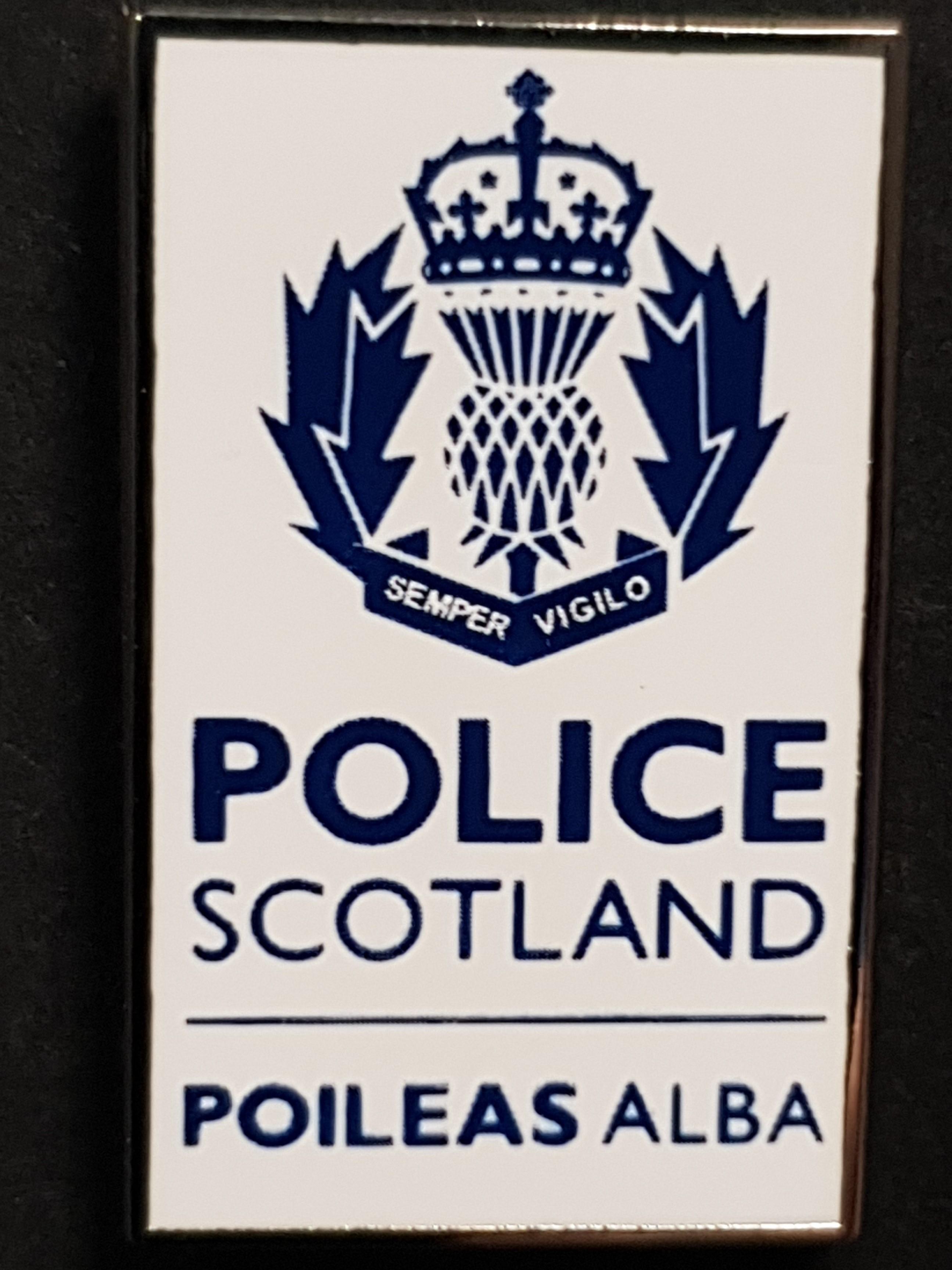TIE PIN POLICE SCOTLAND 019334f25